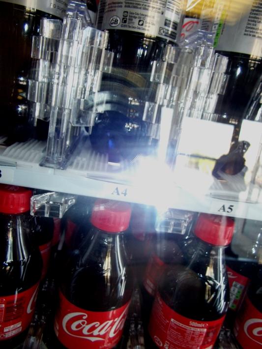 Ant vending machine